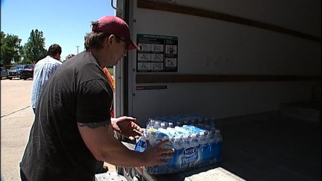 Oklahomans Collect Donations, Supplies For Tornado, Flood Victims