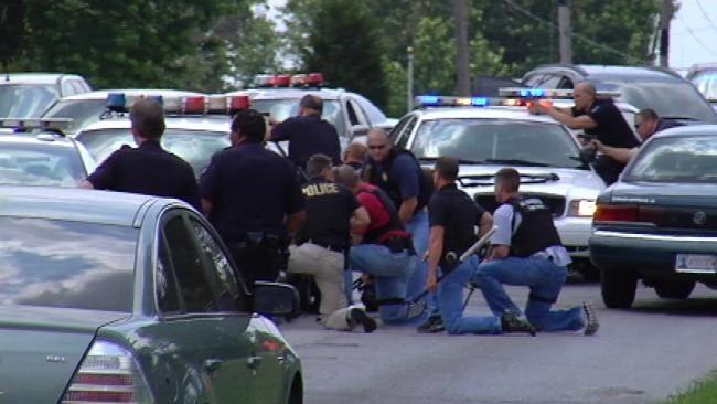 TU Student, Gunman Dead After Tulsa Chase And Carjackings