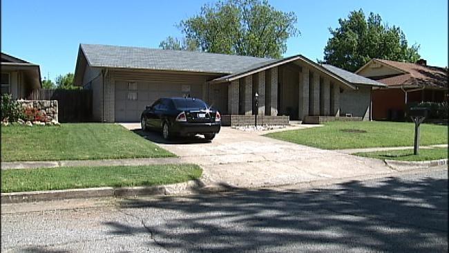 Gunmen Posing As Police Officers Rob Three Tulsa Residents