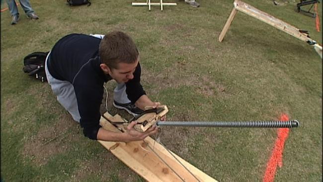 TU Students Put Their Mechanical Horseshoe Skills To The Test