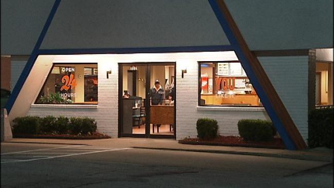 Tulsa Whataburger Employees Robbed At Gunpoint