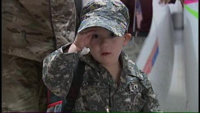 Three-Year-Old Tulsa Boy Welcomes Soldier Dad Home With Salute