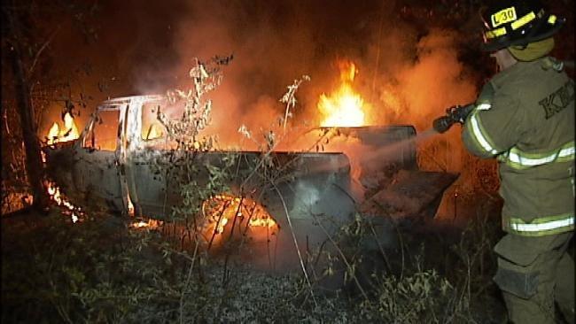 Police Chase Ends In Fiery Wreck In Broken Arrow