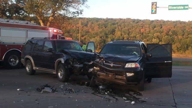 Two SUVs Crash On Tulsa's Riverside Drive Friday Morning