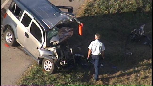 Victims ID'd In Deadly Head-On Crash In Rogers County