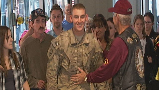 Broken Arrow Soldier Returns Home From Afghanistan Deployment