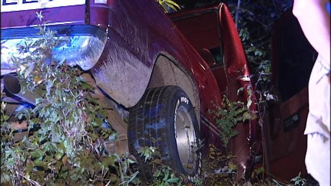 Okmulgee Woman Dies After Pickup Truck Hits Tree