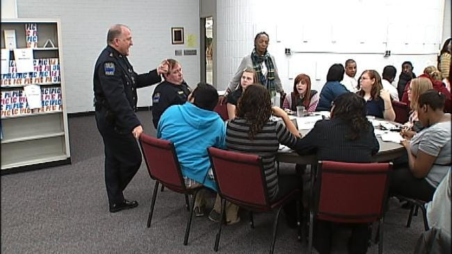 Forum Hopes To Steer Tulsa Teens In A Positive Direction