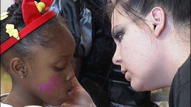 Tulsa Cosmetology Students Create Halloween Fun For Families