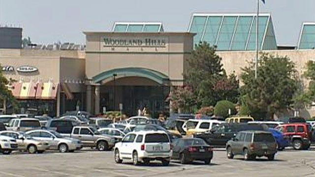 Tulsa's Woodland Hills Mall Goes Dark After Power Failure