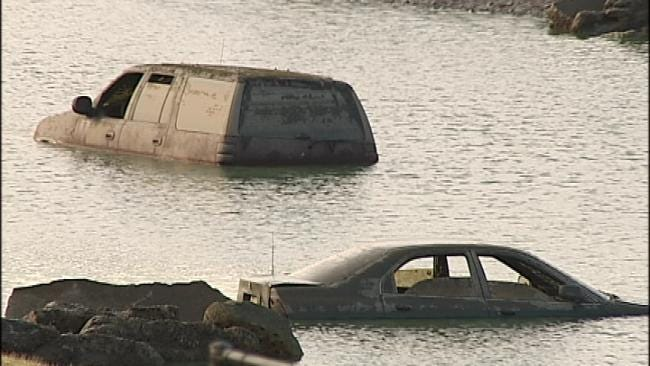 Remains Found In SUV In Tulsa Pond, Vehicle Traced To Missing Woman