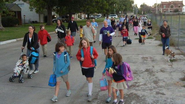 Hundreds Of Tulsa Children Walk To School Wednesday Morning