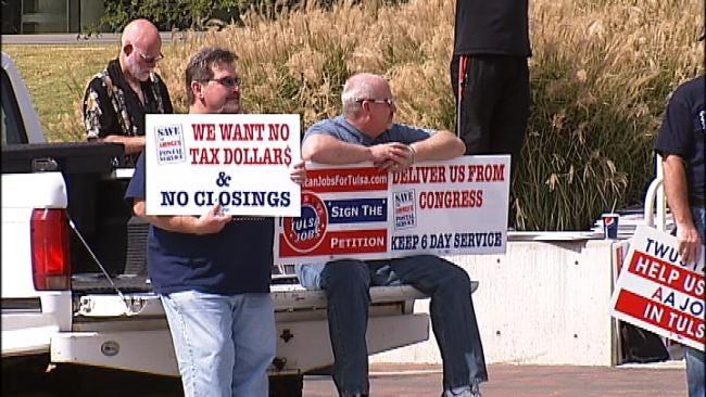 Hundreds Hit Tulsa Fair Seeking Jobs, Others Rally To Keep Them