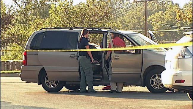 Man Shot In Head In Front Of Children At Tulsa Walgreens