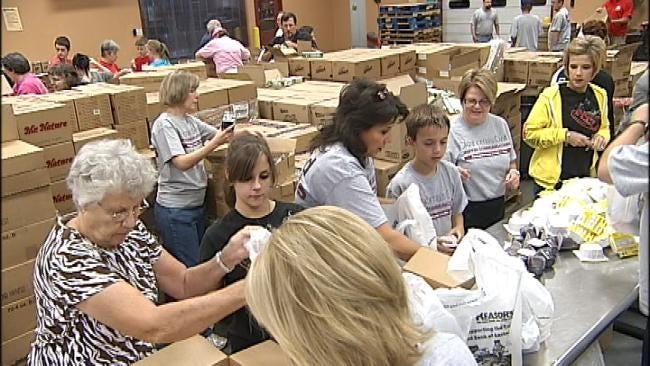 Oklahoma Volunteers Pack Food For Kids