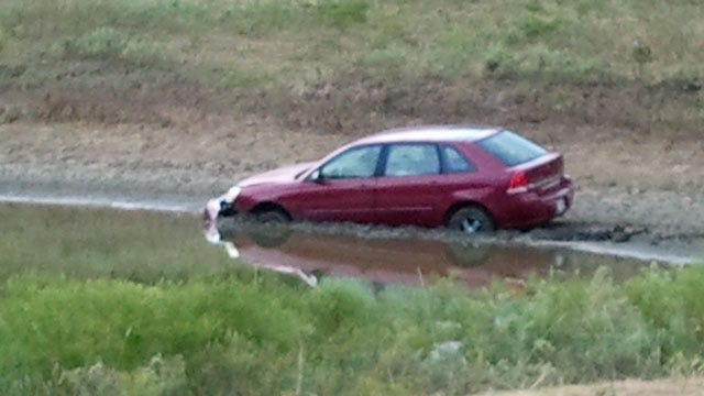 Car Discovered In East Tulsa Pond Wednesday Morning
