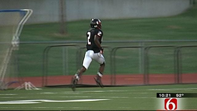 East Central's Stanvon Taylor Breaks Ankle In Game 1