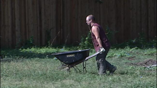 Green Country Firefighters Help A Family In Need