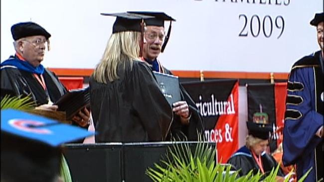 Governor Outlines Initiative To Boost Oklahoma College Grad Rates