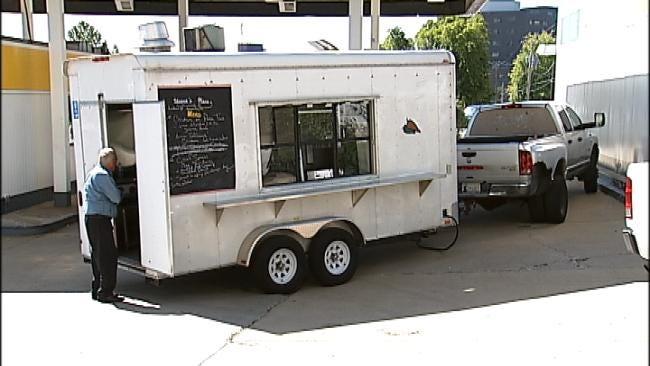 Tulsa Chef Serves 5-Star Food On Wheels