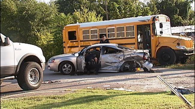 Tulsa Traffic Crash At Pine And Utica Sends Three To Hospital