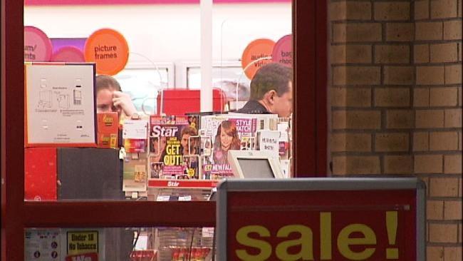 Three Men Rob Tulsa CVS Pharmacy Employees At Gunpoint