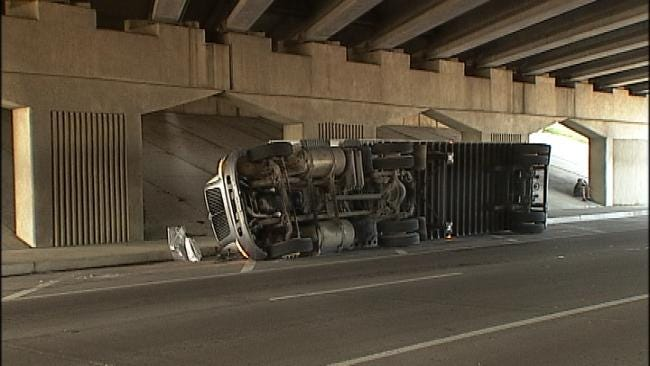 Overturned Semi Causes Lane Closures On The Broken Arrow Expressway