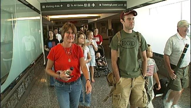 Owasso Woman Thankful Brother Is Home From Afghanistan