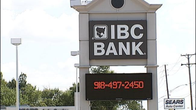 Trio Robs Tulsa IBC Bank Branch Late Friday Morning