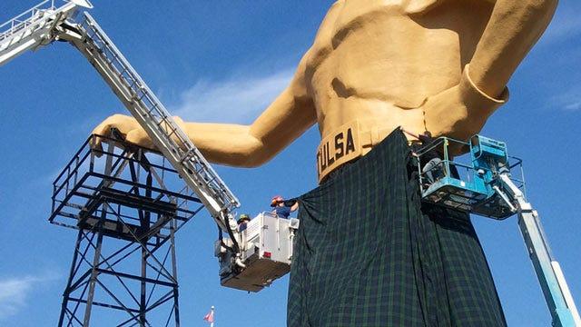 Very Large Scottish Kilt Adorns Tulsa's Golden Driller