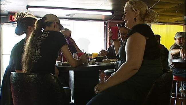 Tulsa Church Delivers Its Message At Glenpool Tavern