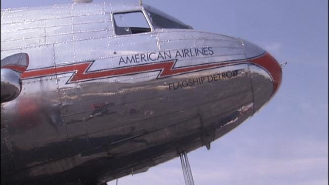 American Airlines Iconic DC-3 Plane On Display in Tulsa Through Sunday