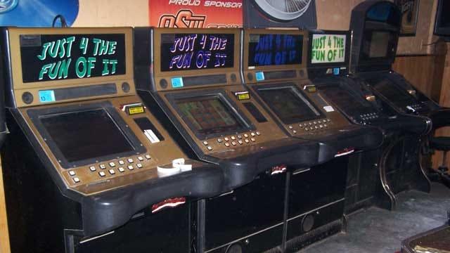 Enid Police Raid 4 Bars, Seize 25 Illegal Gaming Machines