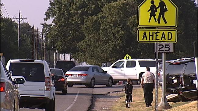 Jenks Firefighters Urge Drivers To Watch For School Zones