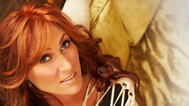 Country Music Star Jo Dee Messina To Give Free Concert In Tulsa