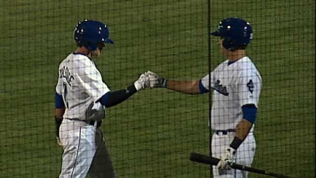 Drillers Score Late To Top Naturals