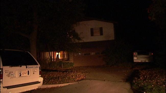 Tulsa Woman Uses Facebook To Call For Help During Home Burglary