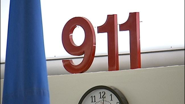 911 Puts Woman On Hold While She Watches Her Husband Being Shot