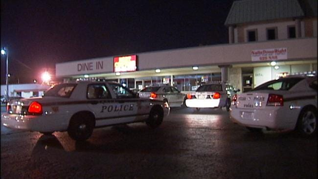 Robbers Use Fake Gun During Attempted Tulsa Robbery