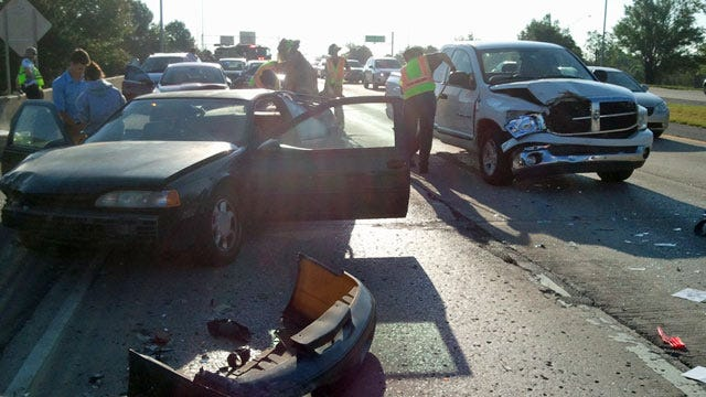 Eleven Vehicles Involved In Rush Hour Crash On Tulsa's BA Expressway At Peoria