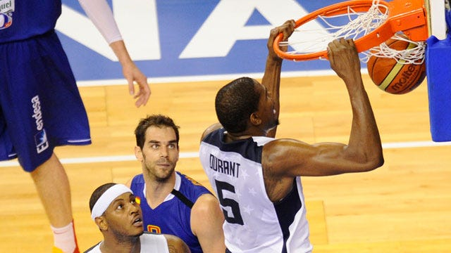Durant Leads Team USA Past Argentina