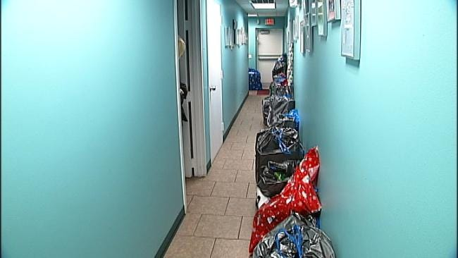 Green Country Swimmers Collect Gifts For Needy Kids