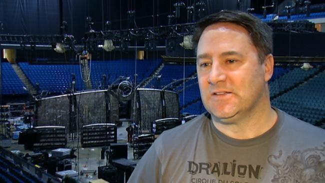 Local Crews Set Up Cirque Du Soleil Stage At BOK Center