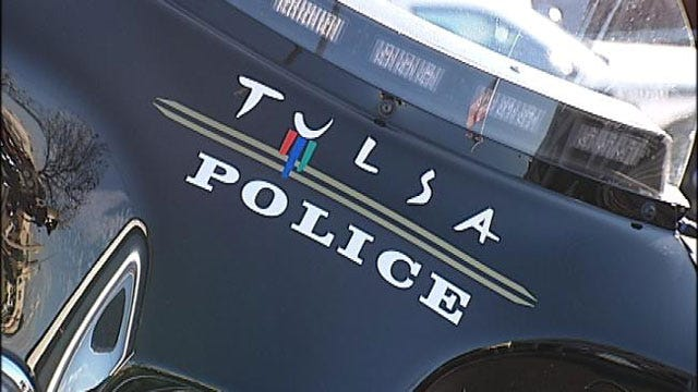 Tulsa Police Look For Men Who Smashed Car Windows