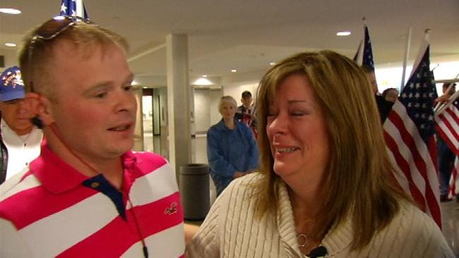 Bartlesville Soldier Comes Home For the Holidays