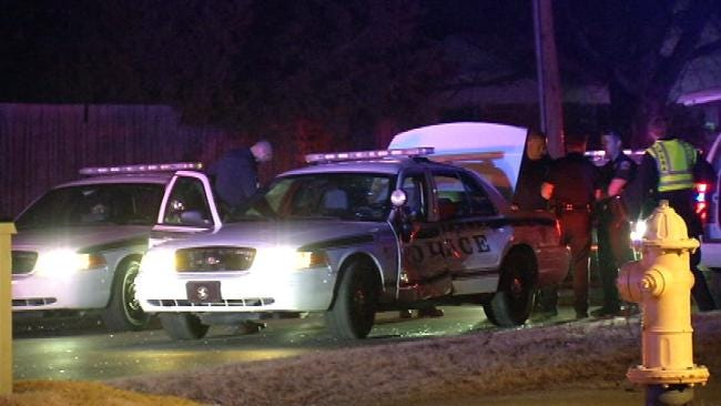 Chase Ends After Suspect Crashes Into Tulsa Police Car
