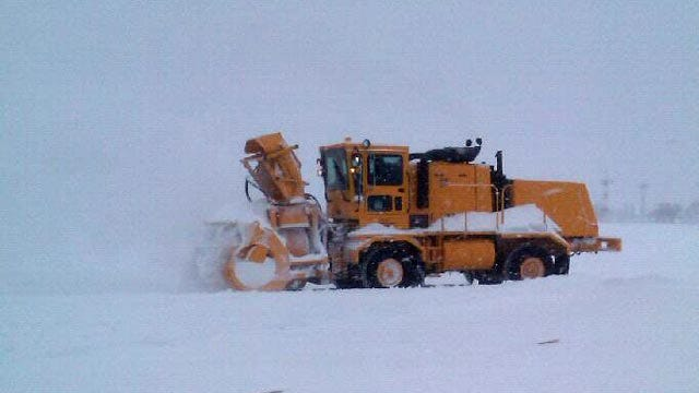 Oklahoma Airports Prepare For Winter Weather