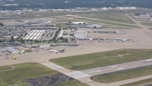 Reconstruction Set To Begin On Main Runway At Tulsa International Airport