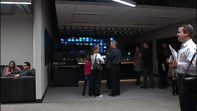News On 6 Employees Tour New Griffin Communications Media Center