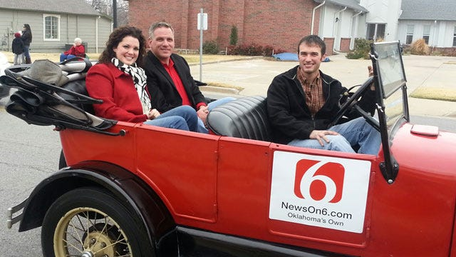 News On 6 Anchors Featured In Owasso Christmas Parade